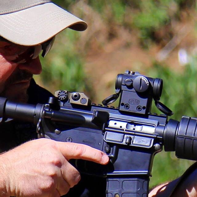 Aimpoint on carbine - SM-2007